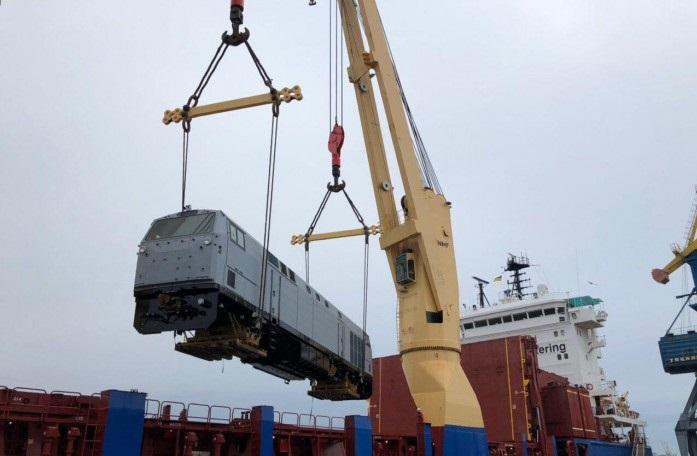 В Украину доставлены еще семь американских локомотивов для УЗ