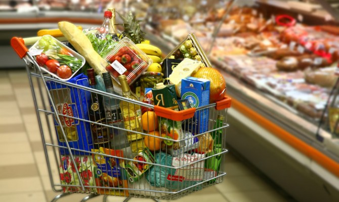 Кабмин отменил госрегулирование цен на продукты питания