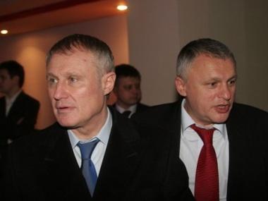 Семья Суркисов хочет купить 97% акций еще одного банка Коломойского