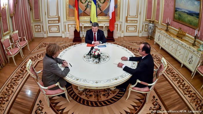 В Берлине Меркель с Олландом обсудят с Порошенко борьбу с коррупцией - СМИ