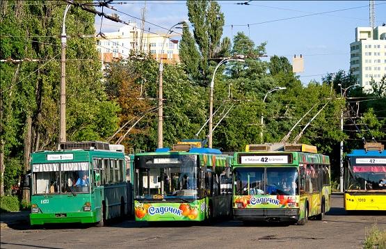 Столичный автопарк обновят автобусами и троллейбусами