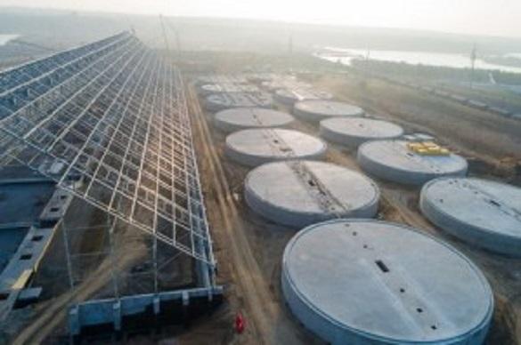 На зерновом терминале Cargill начали сборку и монтаж цепных конвейеров склада напольного хранения