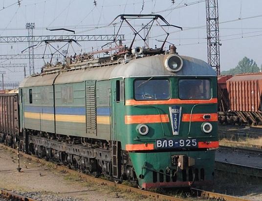 «УЗ» увеличила эксплуатационный грузооборот локомотивов
