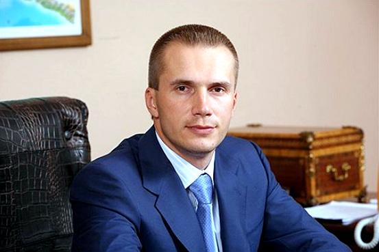 МВД заверяет, что расследование дел против банка Януковича не закрывали
