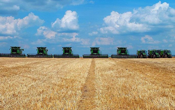 Агрохолдинги обрабатывают треть сельхозземель в Украине