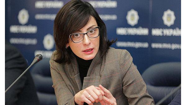 Деканоидзе пообещала 30 сентября закончить переаттестацию полиции