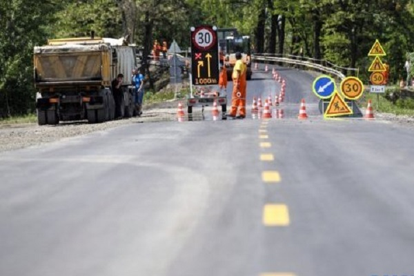 Счетная палата проверит использование средств на ремонте дорог