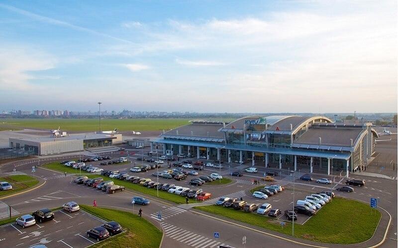 Аэропорт «Жуляны» из-за коррупции потерял 257 млн грн