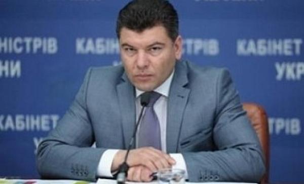 Кабмин отстранил от должности руководителя Укртрансбезпеки