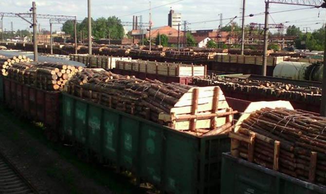 Кабмин одобряет повышение тарифов на ж/д грузоперевозки