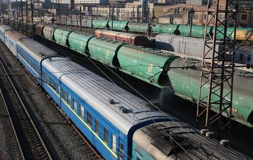 УЗ отобрала 198 грузовых станций, работу которых планирует ограничить
