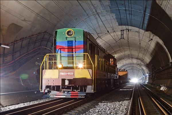 В Украине открыли новый Бескидский тоннель