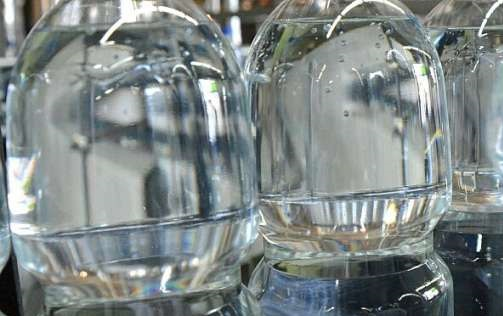 Из-за нехватки хлора Carlsberg, Coca-Cola и PepsiCo останавливают производство в Украине