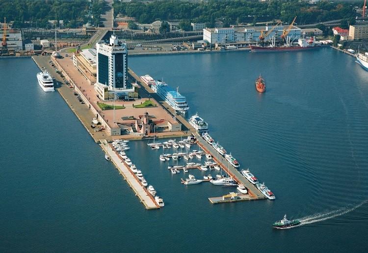 Компании из ОАЭ интересуются Одесским портом