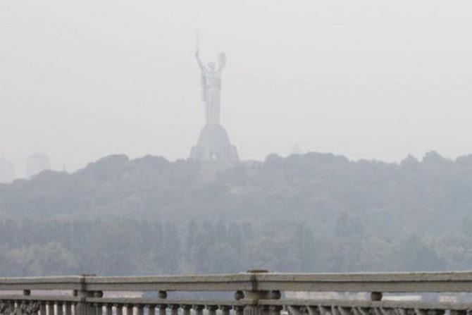 Загрязнение воздуха в столице превышает норму в 6 раз