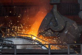 В Украине за январь производство стали сократилось на 3,6%