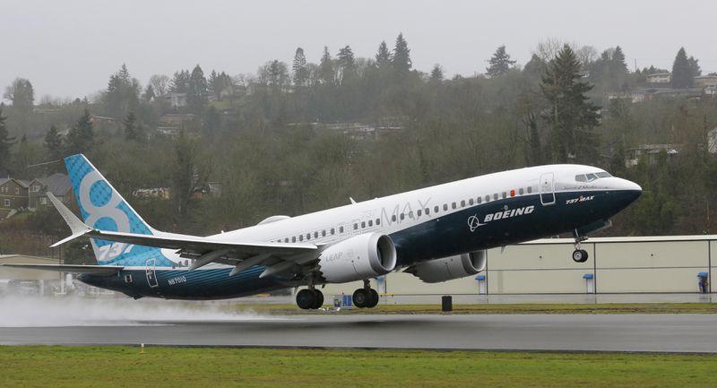 Британский авиаконцерн покупает у Boeing 200 самолетов