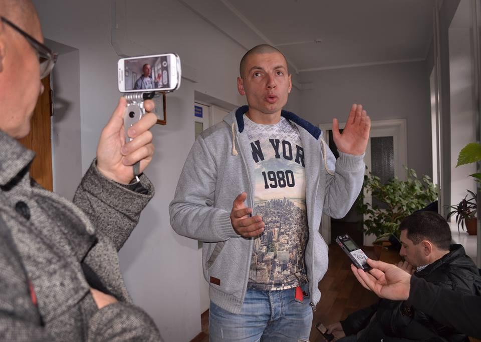 Депутати погрожують чернігівському журналісту вбивством через його професійну діяльність – звернення