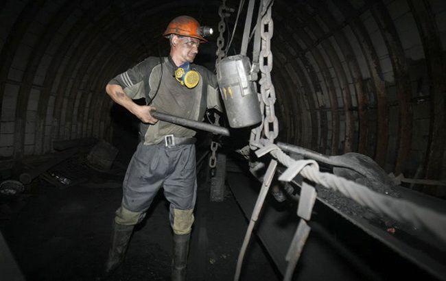 Кабмин утвердил порядок погашения задолженности перед шахтерами