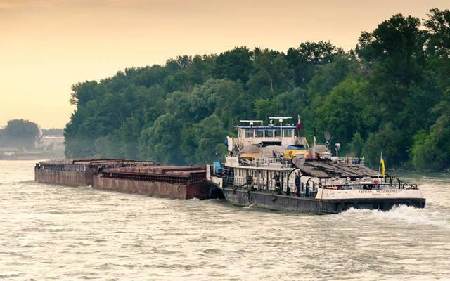 УДП нарастило грузоперевозки речным флотом на 11,6%