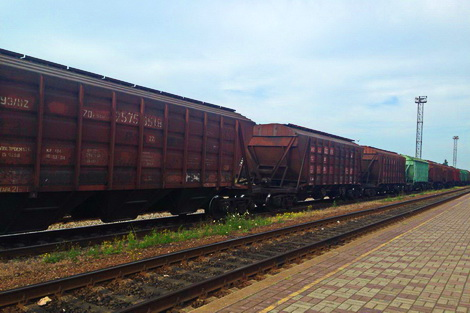 «УЗ» подняла тарифы на пользование грузовыми вагонами