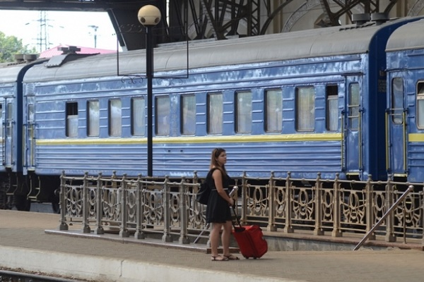 «УЗ» ввела летние поезда в 23-х направлениях