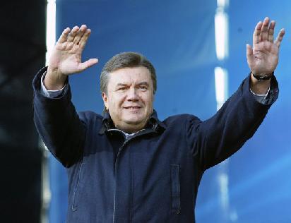 Янукович не будет присутствовать в судебных заседаниях по его делу, - адвокат
