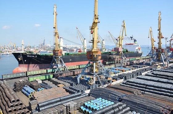 Морпорты Украины с начала года перевалили рекордный объем импортного угля
