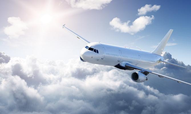 За питание пассажиров правительственных авиарейсов государство заплатит 2,5 млн грн