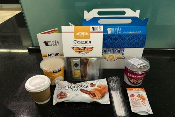 «УЗ» презентовала комплекс питания для пассажиров в поездах