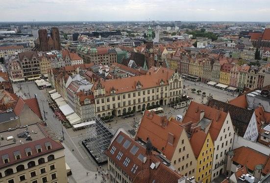 Украинцы стали лидерами среди иностранцев по покупке жилья в Польше