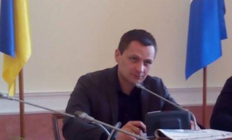 В Киеве силовики на взятке в 4 млн грн задержали депутата горсовета и его подельников