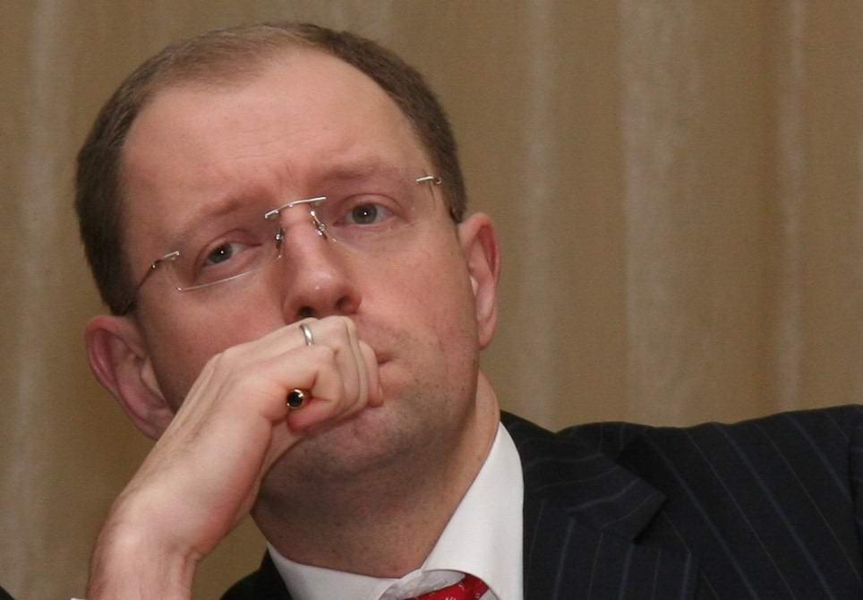 Яценюк принял решение рассекретить результаты двух служебных расследований по чиновникам Минздрава