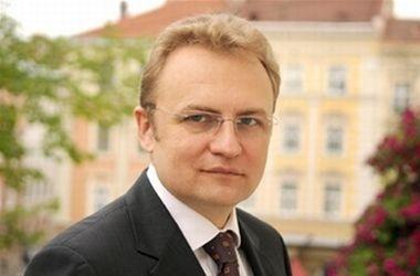 ГПУ допросила Садового по делу о подкупе депутатов