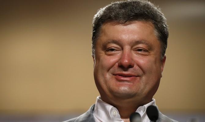 Порошенко разрешил раскрывать данные о владельцах СМИ
