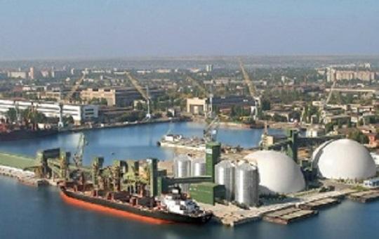 В сентябре на треть сократился импорт нефтепродуктов через порты