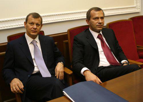 Суд обязал компании братьев Клюевых вернуть