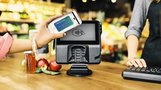 Сервис Apple Pay официально заработал в Европе