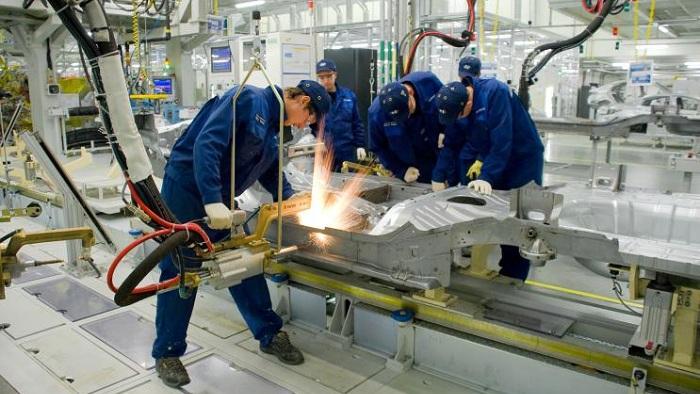 В октябре промпроизводство в Украине выросло на 0,8%