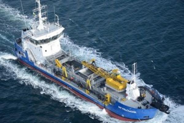 АМПУ собственным флотом начала дноуглубление Измаильского порта