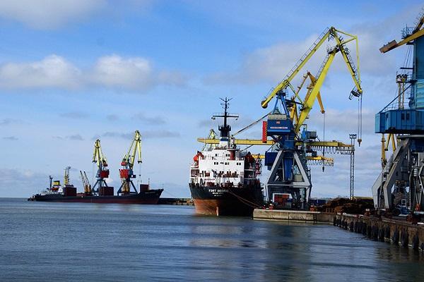 Дноуглублением Азова хотят заняться пять компаний