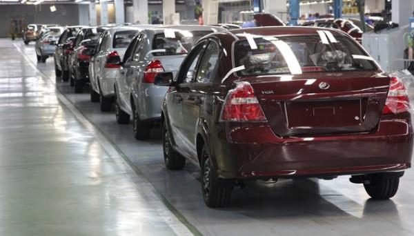 В Украине объем продаж легковых авто рухнул на 60%