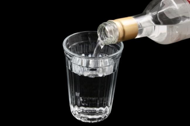 В стране снова дорожает водка