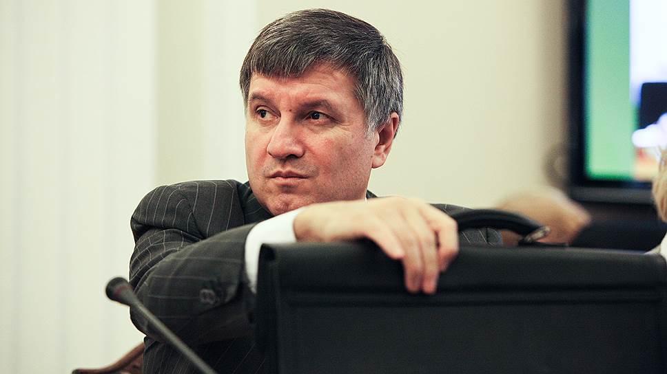 Аваков попросил харьковчан не поддаваться на провокации