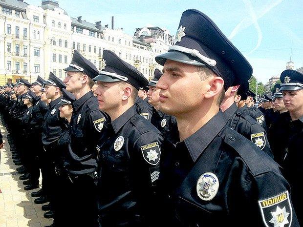 Трое полицейских были травмированы во время задержания во Львовской области