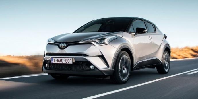 Продажи новых легковых авто выросли на 4%