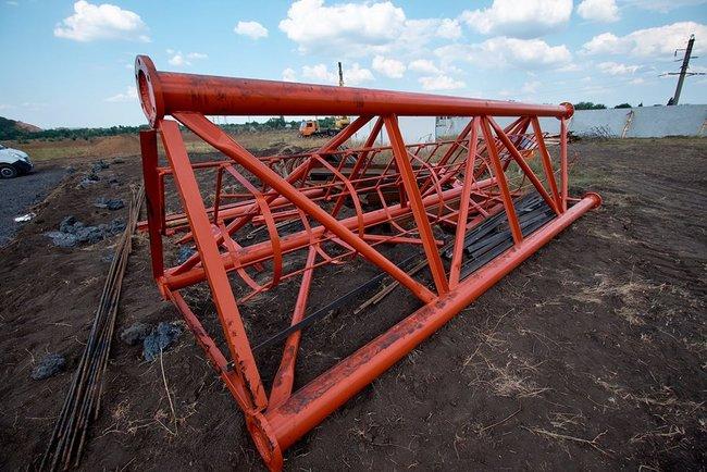 В Украине началось строительство телевышки, которая покроет украинским сигналом всю Донецкую область