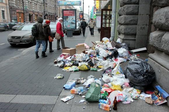 За мусор в Украине хотят штрафовать и даже сажать
