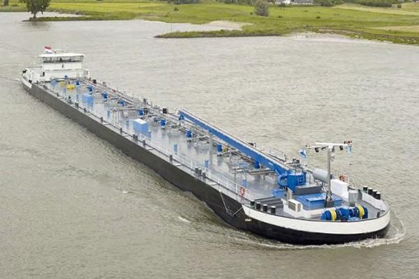 SMG построит 2 танкера для голландской VEKA Group