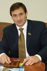 Народный депутат задекларировал гардероб на сумму свыше 600 тыс грн